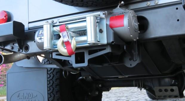 Plataforma para guincho traseiro Defender – Modelo 01