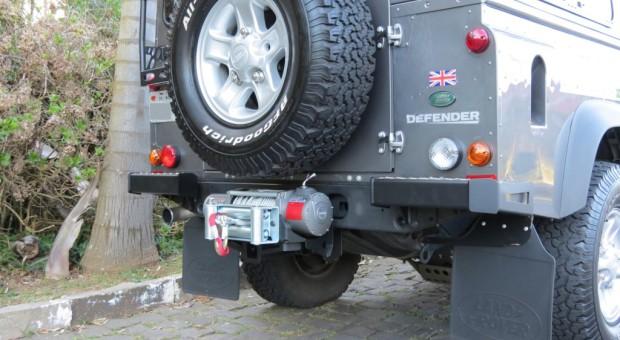 Protetor de canto traseiro Defender 110 – Modelo 1