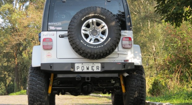 Para-choque traseiro Troller – modelo 3