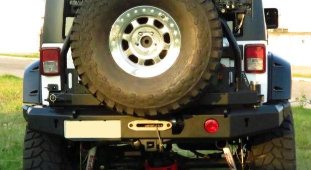 Para-choque traseiro Wrangler JK – modelo 3